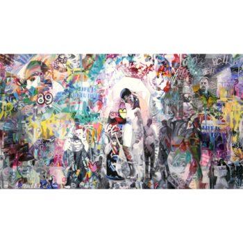 Grafitti maleri og abstrakt maleri af kyssende par