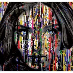 Farverigt maleri af ansigt med abstrakt kunst i ansigtet