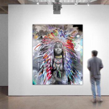 Maleri af kvinde i mange farver